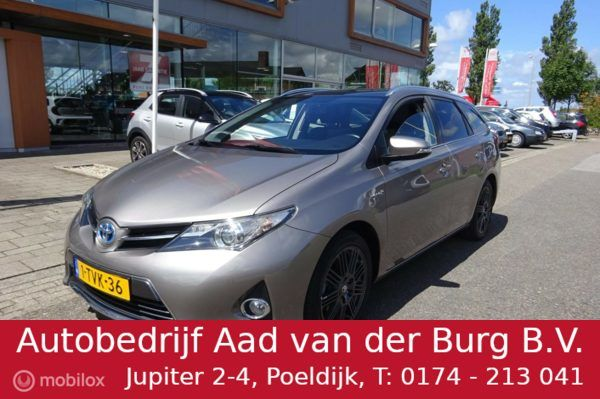 Toyota Auris Touring Sports - 1.8 Hybrid Lease *NAVIGATIESYSTEEM / CLIMATE CONTROL