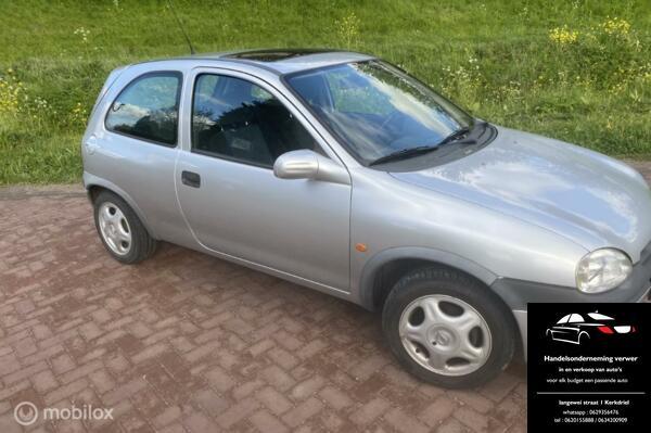 Opel Corsa 1.4i-16V Sport