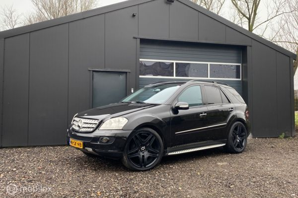 Mercedes M-klasse 320 CDI | 22 inch | black on black