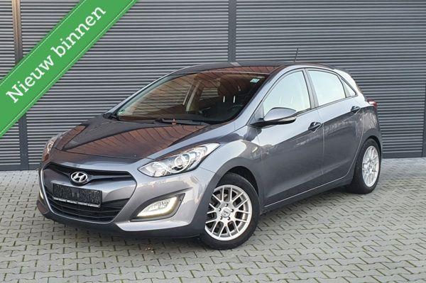 Hyundai i30 1.4 Camera/Sensoren/ECC/1JAAR Garatie/DealerAuto