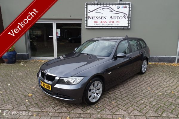 BMW 3-serie Touring 318i Business Line NAP/Navi/Nwe ketting!