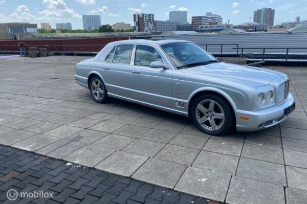 Bentley Arnage 6.8 V8 T