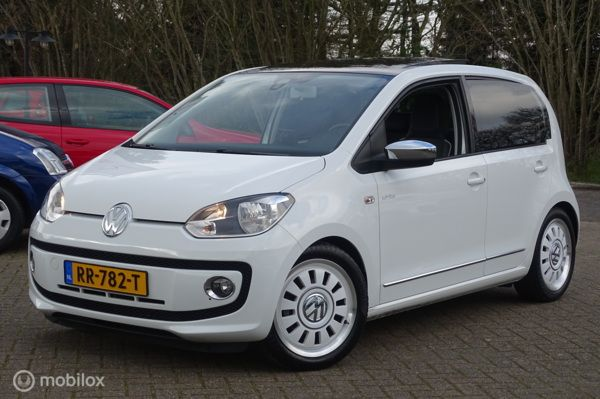 Volkswagen Up! 1.0i high up !! White Edition !!