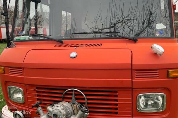 Verkocht  Mercedes 409  Camper mrb vrij brandweer 43dkm