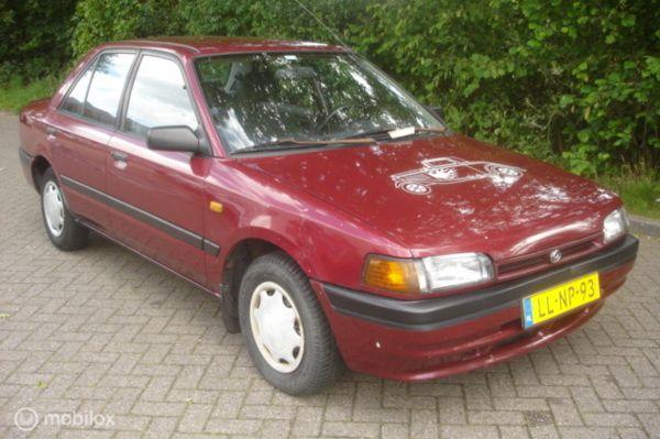 Mazda 323 1.3i Millionaire stuurbekrachtiging APK 9-2020