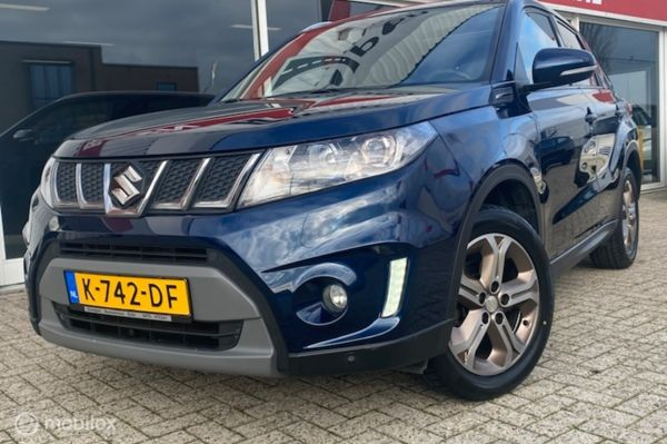 Suzuki Vitara 1.6 Joye Limited Edition camera, navigatie