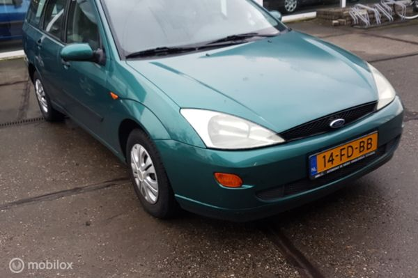 Ford Focus Wagon 1.6-16V Trend Automaat !!