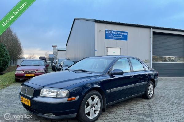Volvo S80 2.4T Climate Line, airco, cruise, nieuwe apk