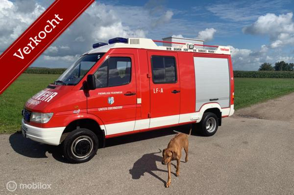 Verkocht Mercedes Sprinter 412D 4x4 1998 brandweer 18d km