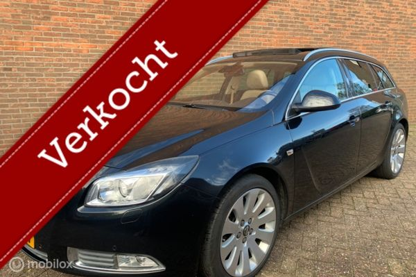 Opel Insignia Sports Tourer 2.0 T Cosmo full options