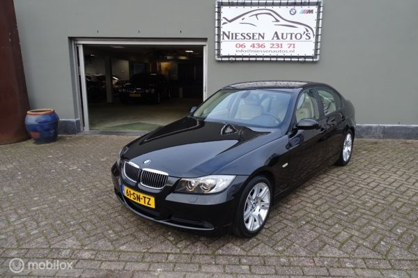 BMW 3-serie 318i High Executive Xenon/Sport Onderstel