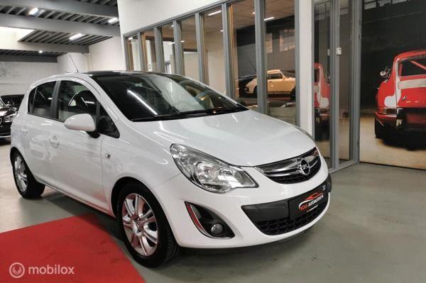 Opel Corsa 1.4-16V COLOR EDITION!! WIT  5DRS AIRCO ELEK.PAKKET NW APK GARANTIE