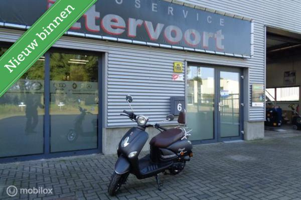GTS Snorscooter Toscana Pure