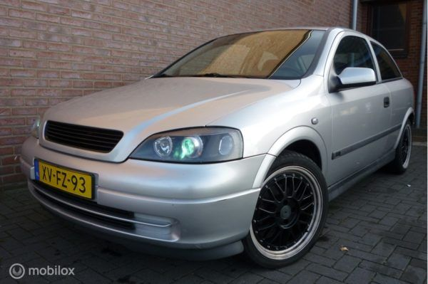 Opel Astra - 1.6 SPORT