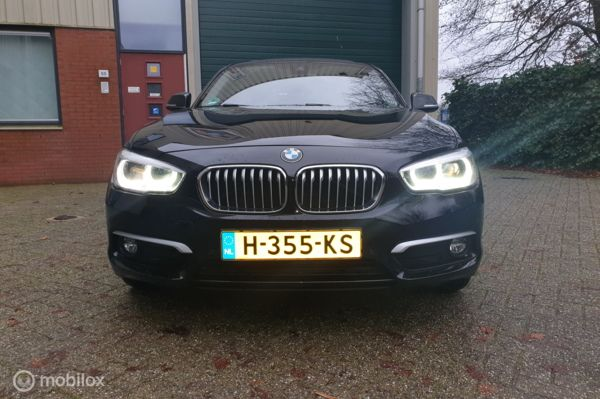 BMW 1-serie 120i Edition Sport Line Shadow High Executive