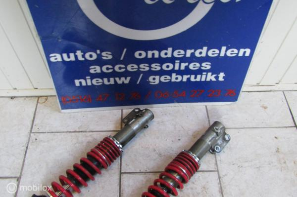 Schroef veerpoot L+ R  VW Polo Caddy Golf bj '94 t/m '03