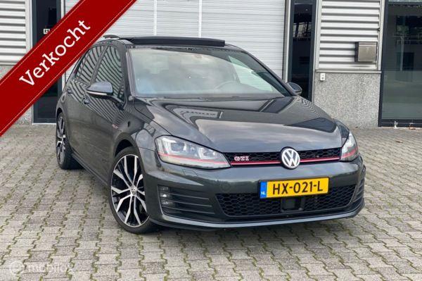 Volkswagen Golf 2.0 TSI GTI DSG Performance Pano/ACC/NAVI/Keyless