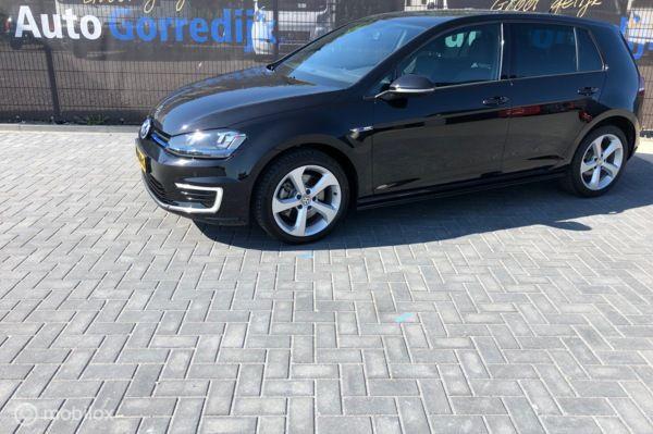 Volkswagen Golf 1.4 TSI GTE Navi,Pdc,flippers 109 dkm Bj 2015