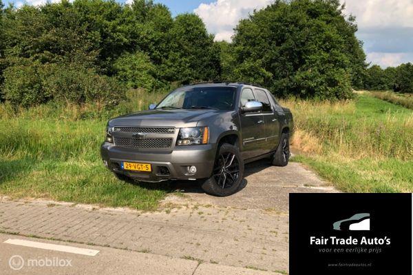 Chevrolet USA Avalanche 5.3 V8 4WD LTZ | GRIJS KENTEKEN
