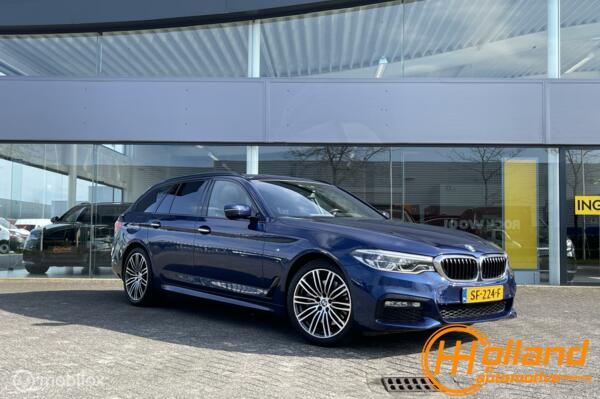 BMW 5-serie Touring 530i High Executive| m pack| pano!