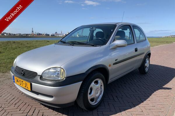 Opel Corsa 1.2i-16V Sport AIRCO|NAP|APK 11-2021