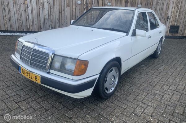 Mercedes 200-500 250 D