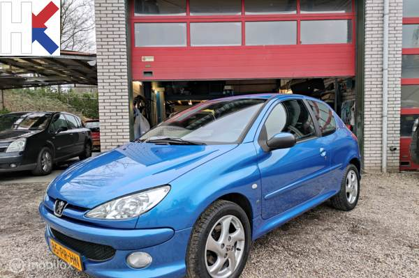 Peugeot 206 1.6-16v XS Pack Airco LM15 ABS 2eEig. dealerond.