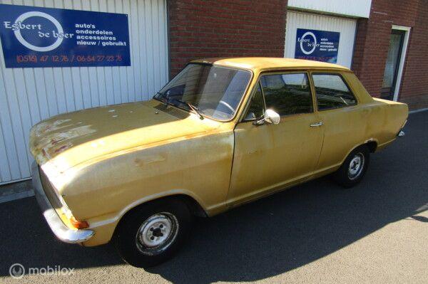 Opel Kadett 1.1 Standard sedan bj:1972 echte schuurvondst!