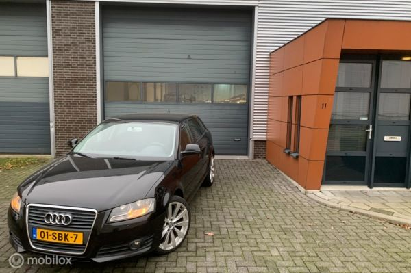 Audi A3 Sportback 2.0 TDI Attraction Business Edition geen airco!!!!!!