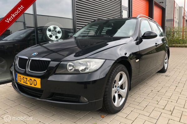 BMW 3-serie Touring 318d Introduction airco navi