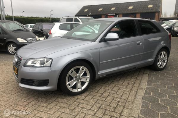 Audi A3  1.8 TFSI Business Edition automaat invalide