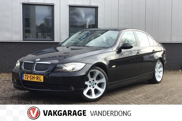 BMW 3-serie 325i Dynamic Executive | Automaat | Youngtimer