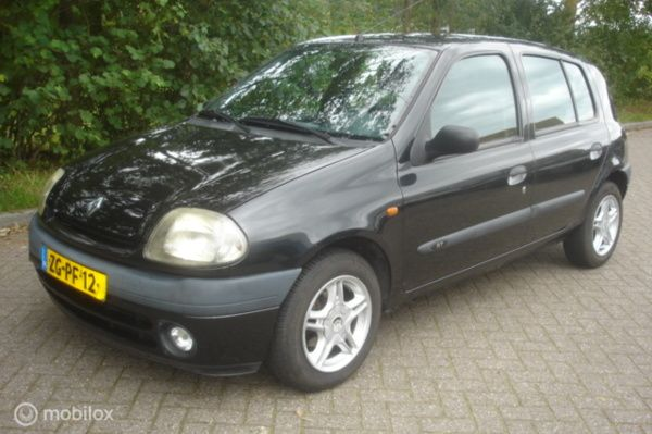 Renault Clio 1.4 RT  5 drs.