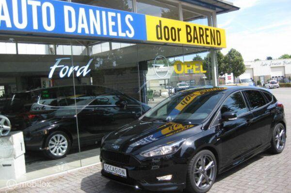 Ford Focus - 1.5 EcoB.150pk ST-Line NAVI RIJKLAARPRIJS