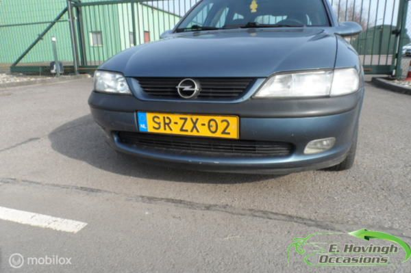 Opel Vectra Wagon B 1.8i-16V GL Plus