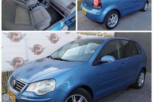 Volkswagen Polo 1.4-16V AIRCO,CRUISE,APK!!