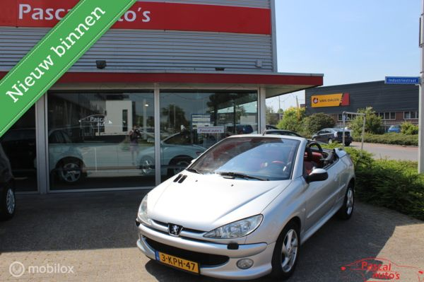 Peugeot 206 CC 1.6-16V Roland Garros netjes en goed