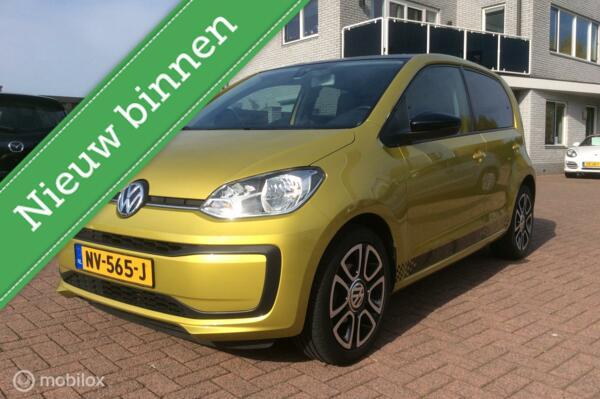 "Volkswagen Up! 1.0 BMT move up! Apple Carplay 16"" sportuitl nap"