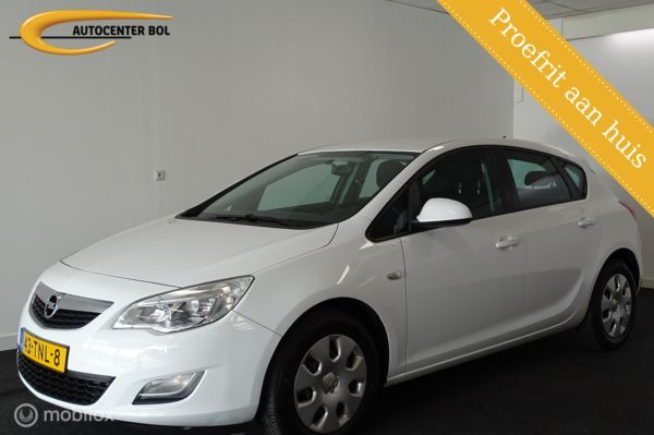 Opel Astra 1.4 Business Edition Airco/Cruise/Navigatie