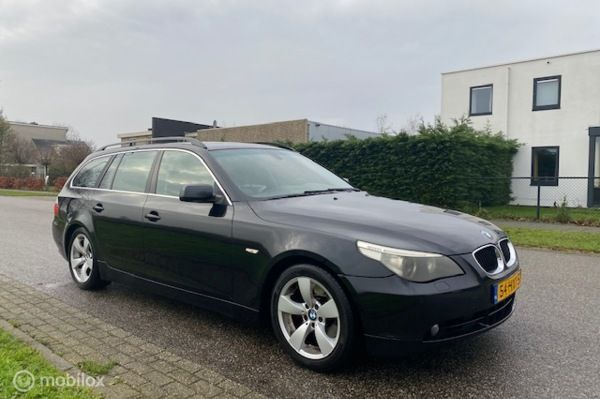 BMW 5-serie Touring 525i Executive