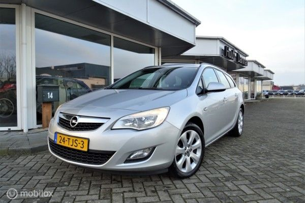 Opel Astra Sports Tourer 1.4 Turbo 120 PK, Navigatie, Cruise