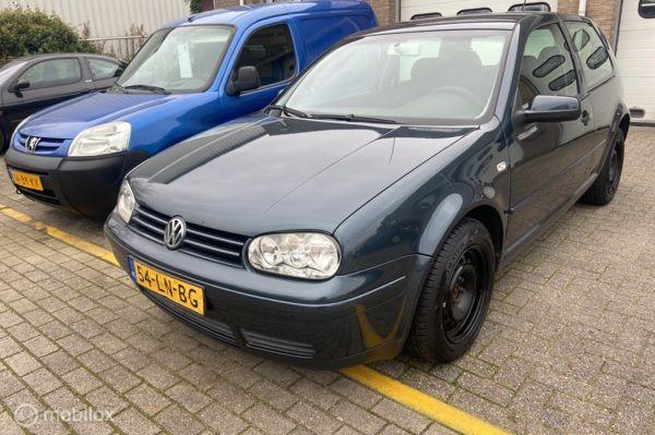 Volkswagen Golf 1.6-16V Oxford airco