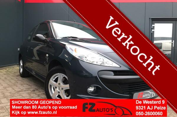 Peugeot 206 + 1.4 XS | 121.641 | Metallic | Airco |
