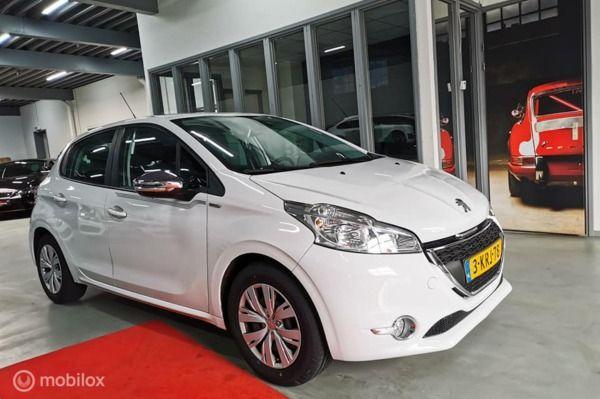 Peugeot 208 1.2 VTi URBAN SOUL  NAVI PDC CRUISE AIRCO 5DRS BLEUTOOTHN.A.P NW APK