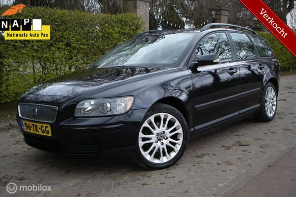 Volvo V50 1.6D Kinetic (Bj 2006) SOLED!