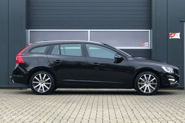 Volvo V60 2.4 D5 D6 Twin Engine Summum Special €14950 incl