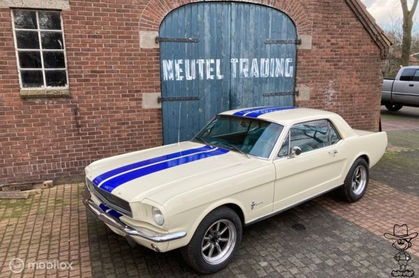 Ford USA mustang coupe 1966 l6 200 cui