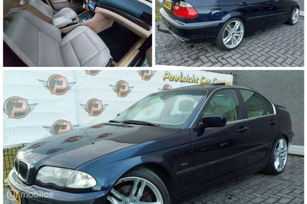 BMW 330i AUTOMAAT,19INCH,GROOT SCHERM!!!