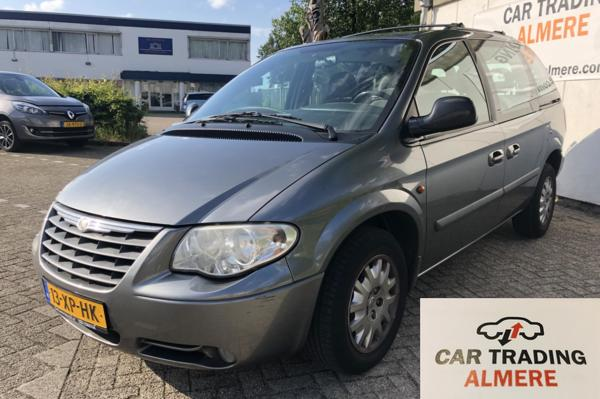 Chrysler Voyager 2.8 CRD SE Luxe 7 PERS. '07 €2295