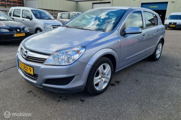 Opel Astra 1.6 Executive AIRCO CR CONTROL